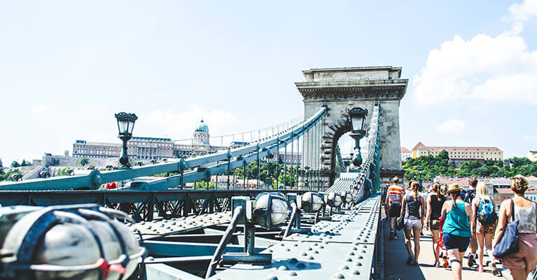 English to Hungarian - Photo Bridge Budapest